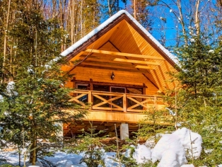 Дом «4+2» в горах с видом на реку