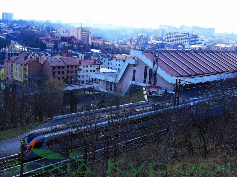 Авто-факт: самая маленькая железнодорожная станция Украины - в Трускавце