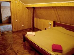"""2-комнатный номер Люкс Отель \""""Мальвы\"""""""