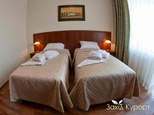 Двухместный стандарт с двумя кроватями