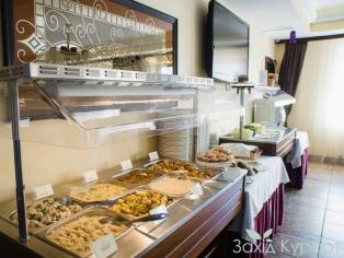 otel-reikartz-polyana_restoran_1