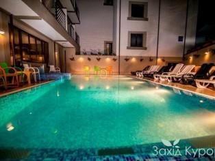 Крытый СПА-бассейн