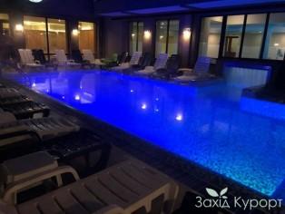 СПА-бассейн под открытым небом