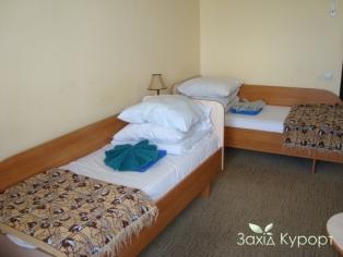 Однокомнатный улучшенный (с отдельными кроватями)