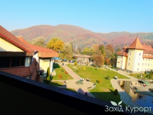 №405  Вид с балкона