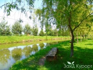 Территория за санаторием для отдыха