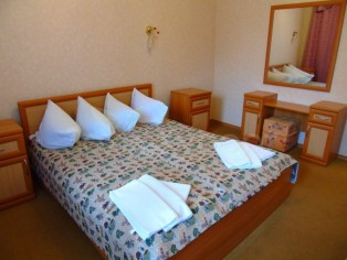 2-комнатный со всеми удобствами 2-местный  №205
