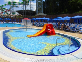 Аква парк - детский  бассейн