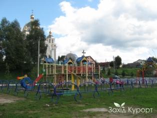 Детская площадка (платная)