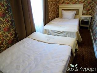 Стандарт с двумя отдельно стоящими кроватями.